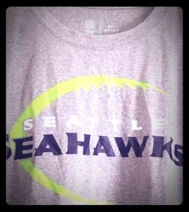 #Nike NWT #DriFit #seattleseahawks #xl #greyTee